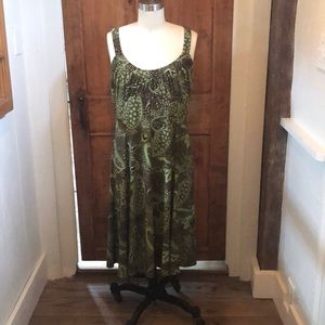 Green and brown paisley sundress size 12
